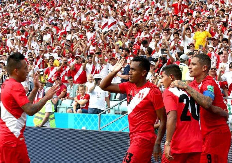 Perú se despide de Rusia con una victoria sobre Australia