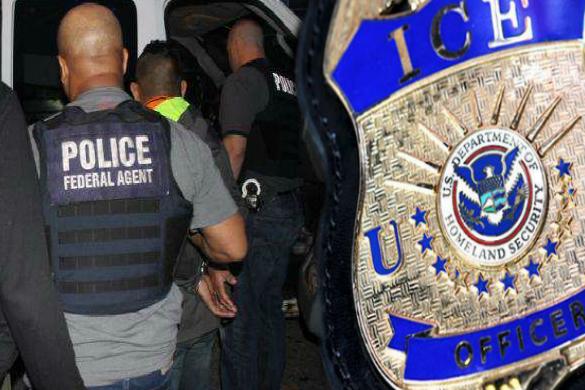 ICE parece no diferenciar entre inmigrantes y criminales.