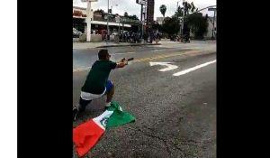 Celebró triunfo del Tri ¡disparando a policías!; podría pasar 27 años en prisión