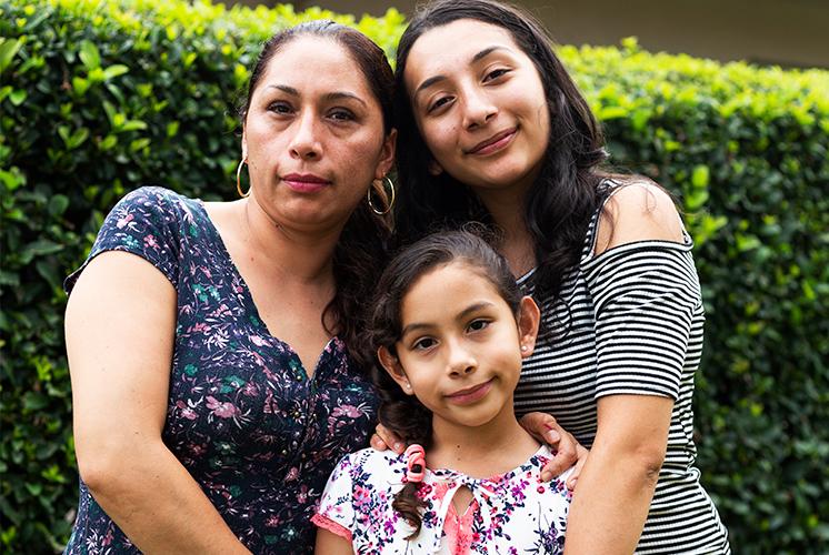 Esposa de un veterano que votó por Trump podría ser deportada el 21 de junio