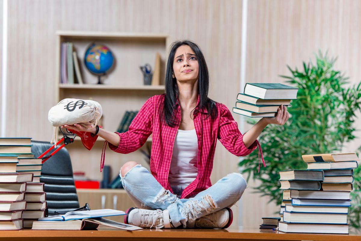 Préstamos para estudios, la carga más pesada