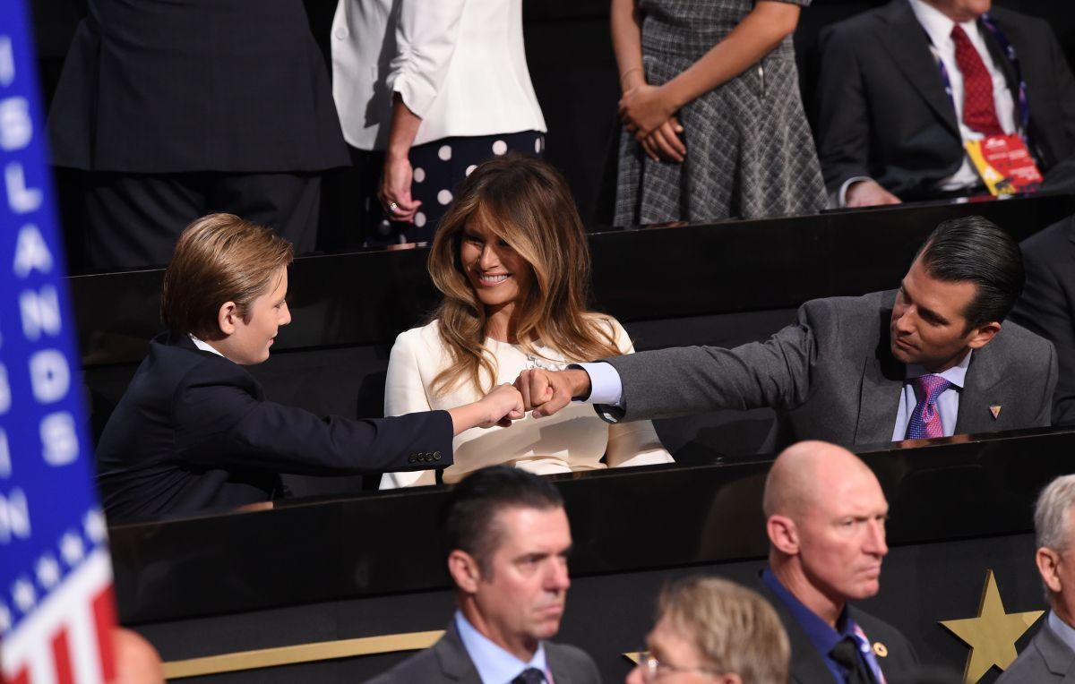 """Crece polémica por """"vulgar amenaza"""" contra Barron Trump y la hija de Donald Jr."""