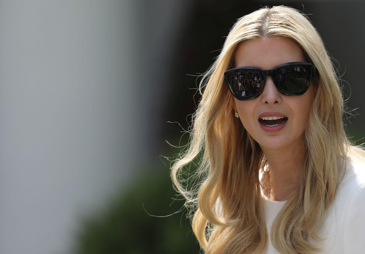 Ivanka Trump desata severas críticas por fotos sobre su padre y su esposo