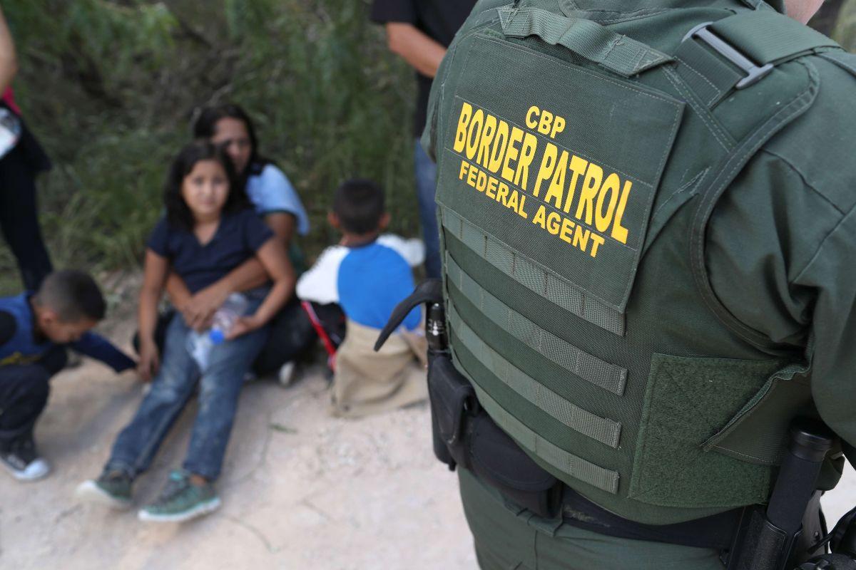 CBP aplica pruebas de embarazo a todas las niñas de 10 años y adolescentes que detiene