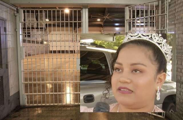 "Celebra su ""Quinceañera"" afuera de cárcel de ICE para mandarle un mensaje a su padre detenido"