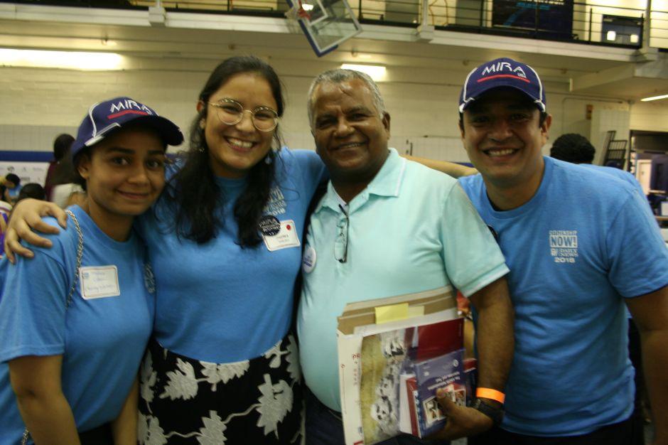 600 inmigrantes recibieron asesoramiento gratuito para la ciudadanía