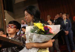 Otra madre guatemalteca se refugia en iglesia de NYC para evitar deportación