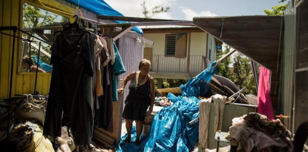 Anciana afectada por huracán María en Puerto Rico lleva 9 meses durmiendo en camioneta