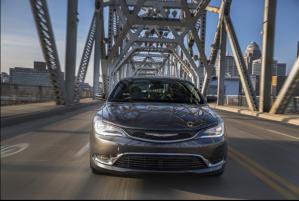 Los peores autos medianos en mpg combinadas en el mercado
