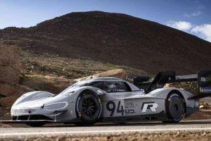 El auto eléctrico Volkswagen I.D. R destroza los récords de velocidad