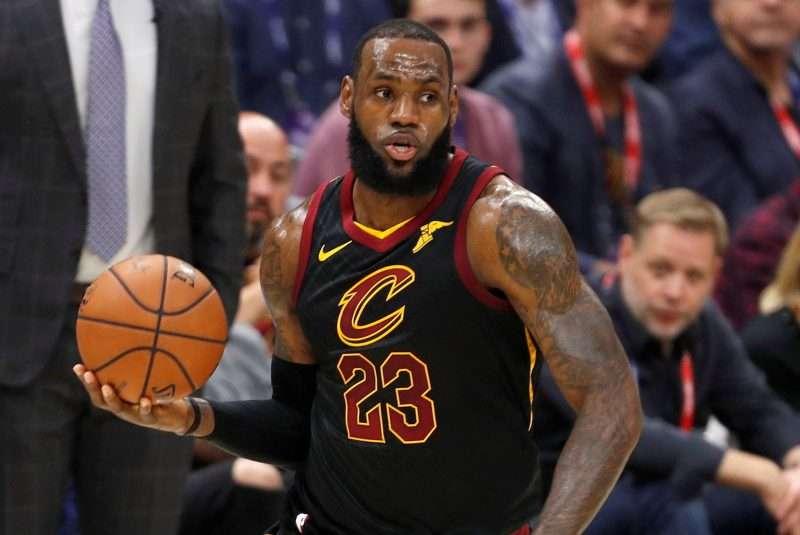 LeBron James habría firmado con Los Angeles Lakers