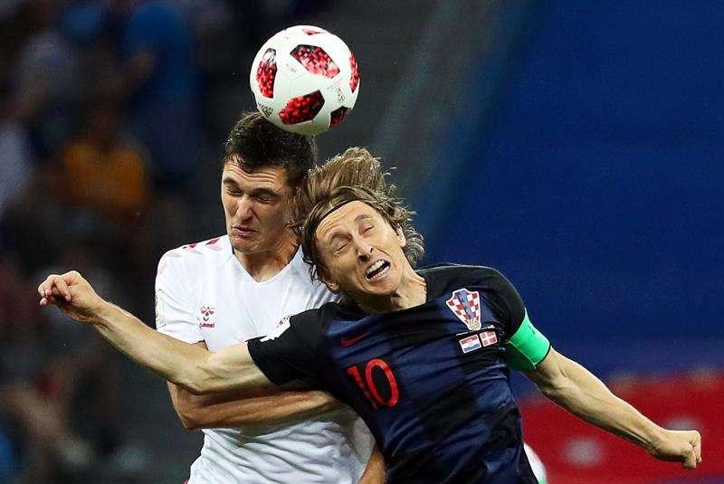 Croacia clasifica a cuartos al vencer en penaltis a Dinamarca