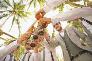 Por qué beber cerveza cuando hace calor no es buena idea