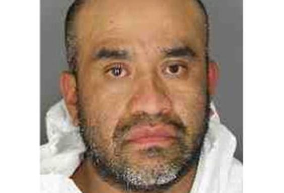 10 años de cárcel para hispano que intentó matar a su novia con un picahielo