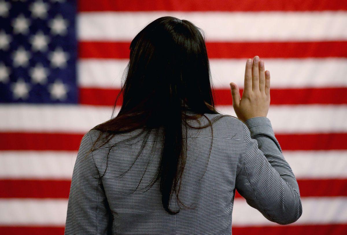 Plan para dar ciudadanía a dos millones de jóvenes indocumentados y evitar deportación de sus padres