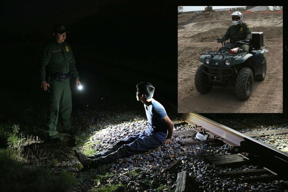 """Le tira una piedra a un agente de """"La Migra"""" y logra robarle su moto"""