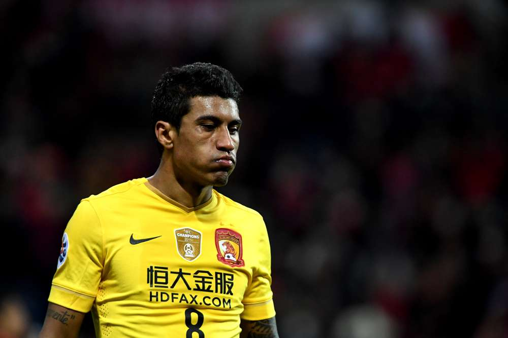 Paulinho deja el Barcelona para regresar al Guangzhou Evergrande de China