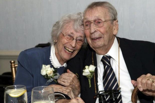 Pareja muere de amor después de 78 años casados