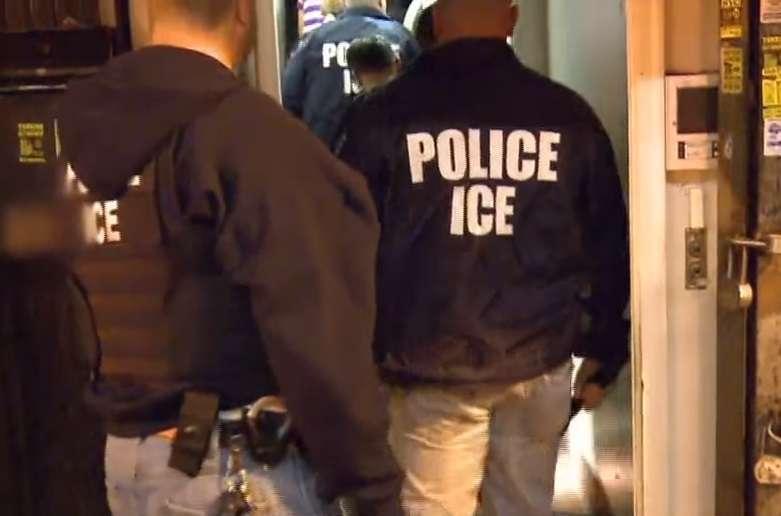 """ICE arresta a miles de inmigrantes indocumentados más que a """"bad hombres"""""""