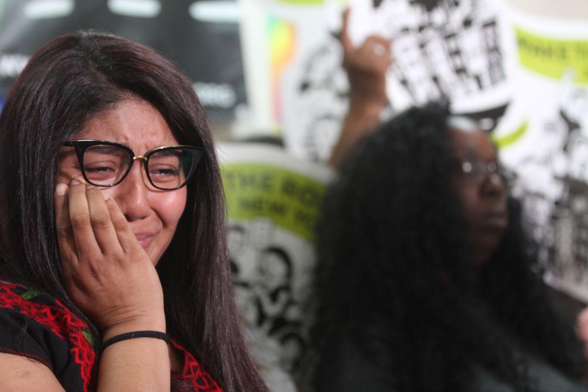 Hija clama a ICE liberar a sus padres detenidos en base militar de NY