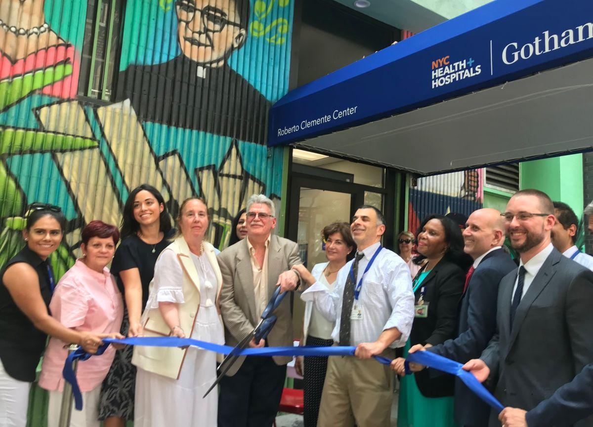 Reabren centro de salud comunitario que es vital para latinos de 'Loisaida'