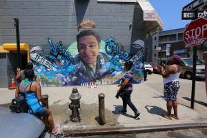"""El Bronx está """"cada vez peor"""": madre de Junior Guzmán al recordarlo en su cumpleaños 18 en Catedral San Patricio de Nueva York"""