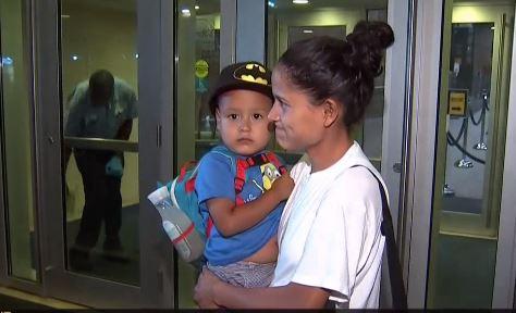 Más de una docena de niños vuelven a los brazos de sus padres en NYC