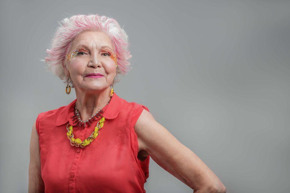 Trucos de maquillaje para la piel de la tercera edad