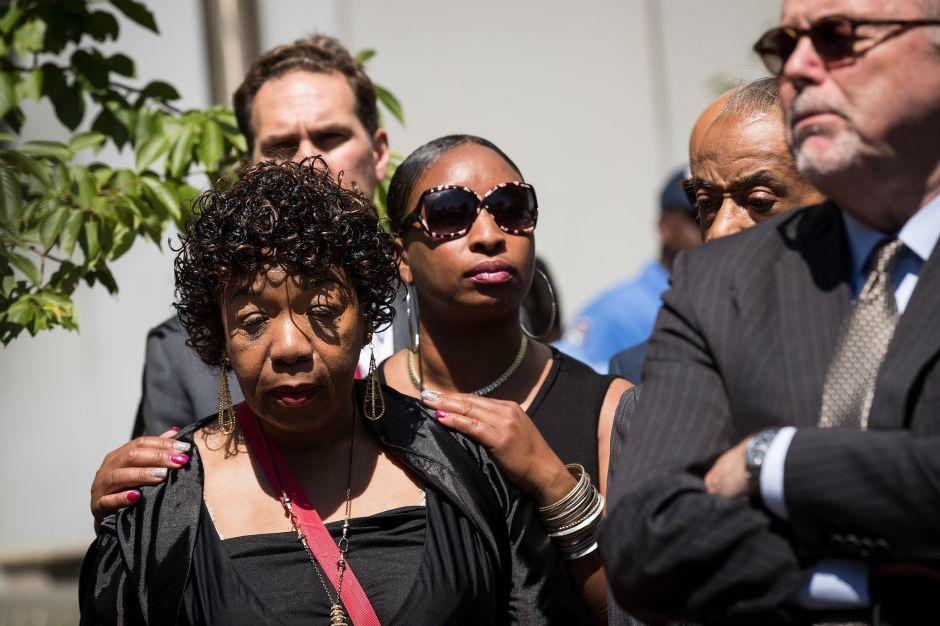 Inicia juicio contra oficial de policía acusado de matar a Eric Garner
