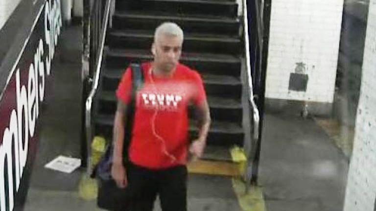 Simpatizante de Trump golpea a pasajero en el Metro