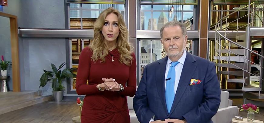 Juan Rivera, molesto con los reporteros en la boda de Chiquis, revela el celular de Raúl de Molina
