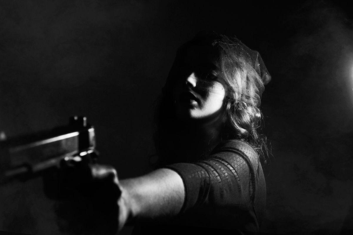 Una adolescente de Texas pierde la vida mientras tomaba selfies con un arma
