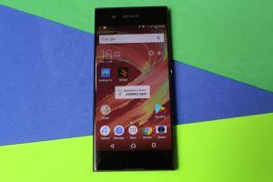 El Sony Xperia XA1 es un celular gama media muy elegante