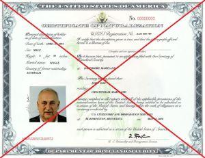 """USCIS alerta sobre nueva medida que dejará a millones de inmigrantes """"legales"""" sin la ciudadanía"""
