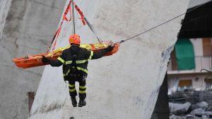"""El """"apocalipsis"""", dice un sobreviviente del derrumbe del puente en Génova"""