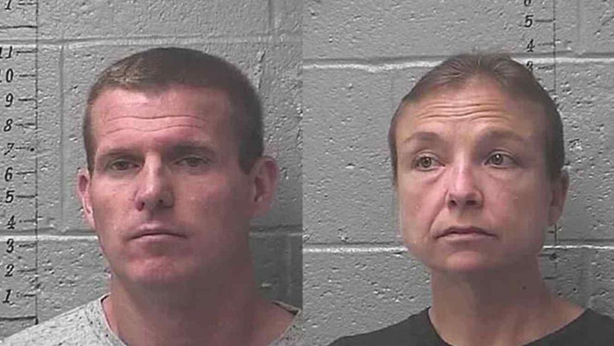 """Cuatro niños  pasan semanas encerrados en """"cajas"""" en Missouri"""