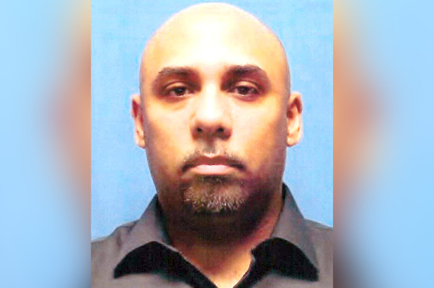 Guardia latino lloró al recibir pena de 25 años por abusar reclusas en Nueva York