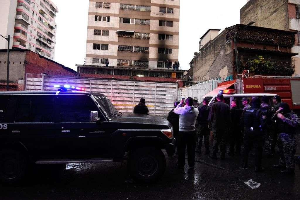 Bomberos tienen otra versión del presunto atentado contra Nicolás Maduro