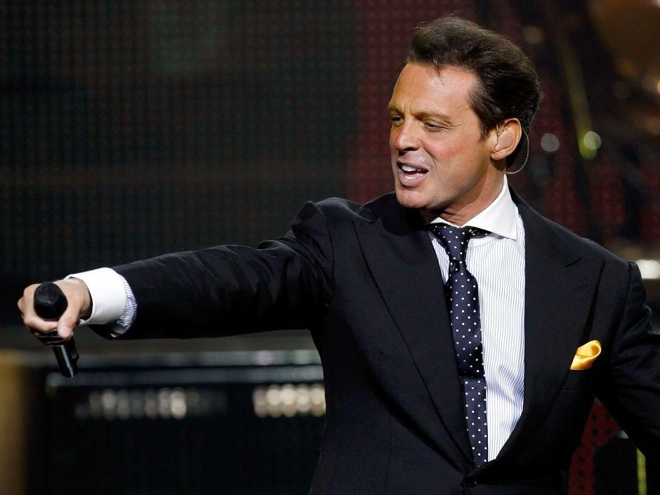 Las jugosas ofertas que ha recibido la segunda temporada de la serie de Luis Miguel