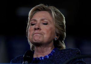 Clinton denuncia que más de 500 niños migrantes sigan detenidos en albergues del gobierno