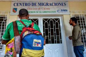 """""""Amigos venezolanos: sigamos luchando"""", emotivo mensaje de fin de año de Almagro en la OEA"""