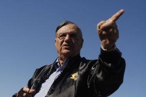 Buscan a víctimas del sheriff Arpaio para indemnizarlas