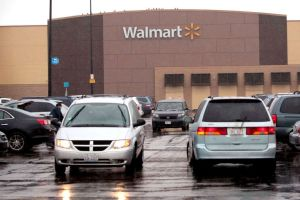 Walmart Auto Center, una opción para servicios y compra de automóviles