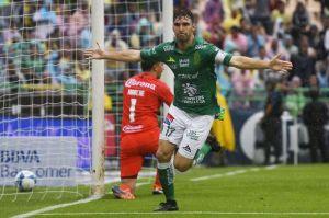 Mauro Bosseli despierta y sentencia con doblete al América en León