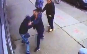 VIDEO: Luchador de UFC pelea con pandilleros en Queens y casi pierde tres dedos