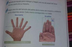 Ponen seis dedos en una mano en libros escolares, el error se hace viral en Twitter