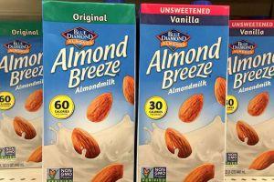 Retiran del mercado leche de almendras por contener lactosa