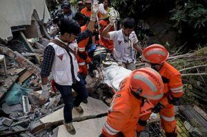 Videos: Suman más de 800 muertos en Indonesia, así es la devastación tras terremoto y tsunami