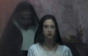 """Taissa Farmiga agotó toda su """"fuerza mental"""" rodando The Nun (La Monja)"""