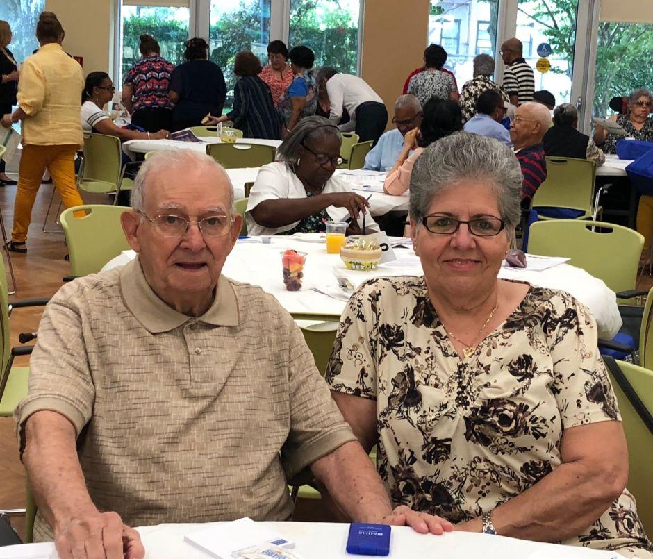 Alzheimer: una carga pesada para los latinos en Nueva York